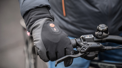 Sealskins Heated Cycling Gloves